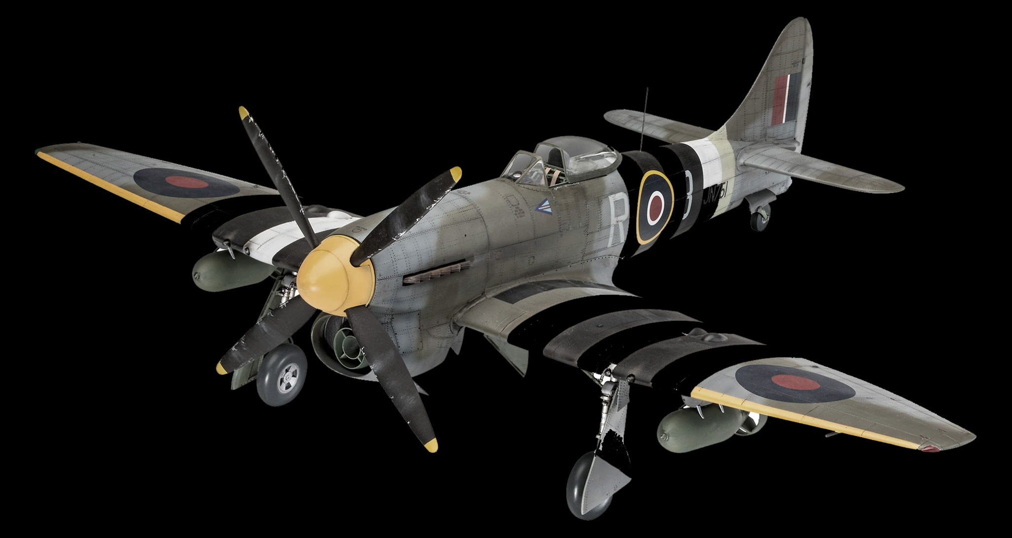 Hawker Tempest 1/32 by Revell